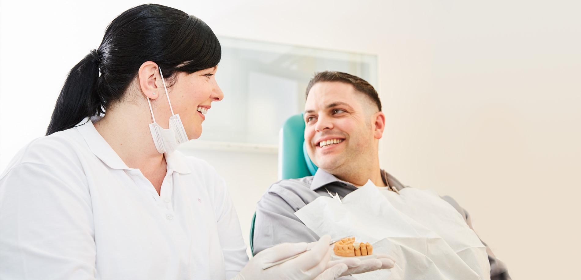 Zahnarztpraxis  Zahnrhein in Walluf - Leistungen 1