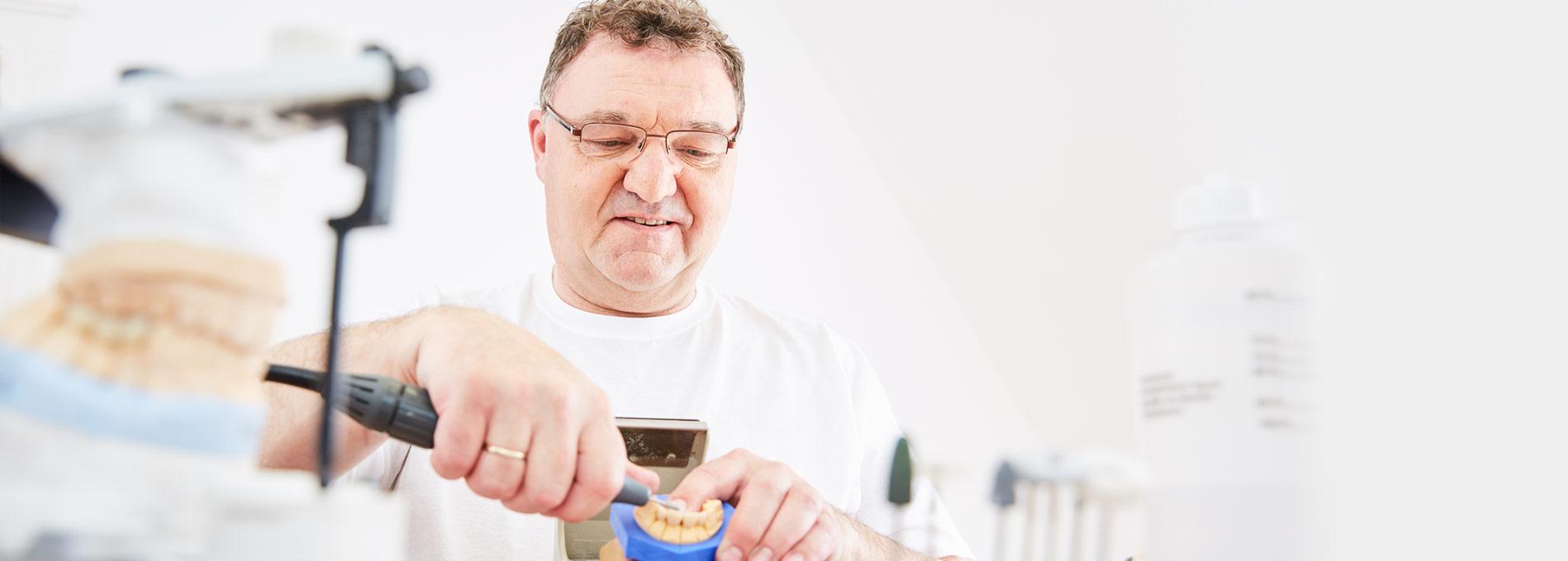Zahnarztpraxis  Zahnrhein in Walluf - Zahnersatz